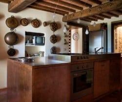 Villa Chiana: Kitchen