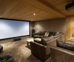 Chalet Forest - Chalet Igloo: Cinema room