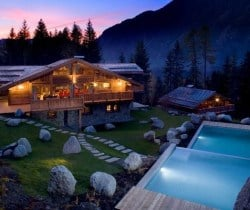 Chalet Forest: Resort view