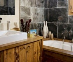 Chalet Glacier: Bathroom