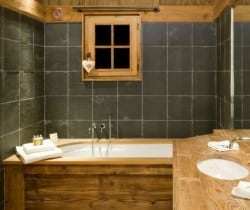 Chalet Igloo: Bathroom