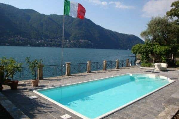Villa Laura: Swimming pool