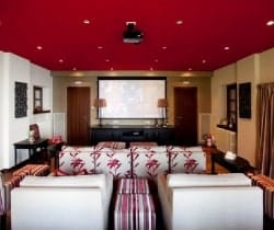 Villa Lucia: Home Cinema