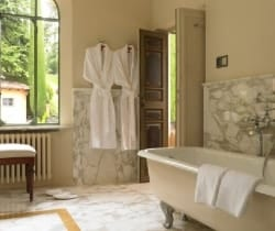 Villa Lucia: Bathroom