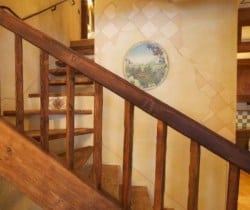 Chalet Apartment Abete: Stairs