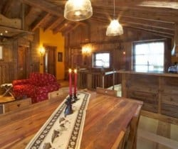 Chalet Olmo: Dining area
