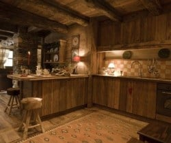 Chalet Apartment Sorbo: Kitchen