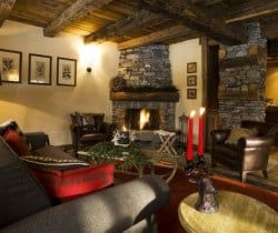 Chalet Apartment Sorbo: Living area