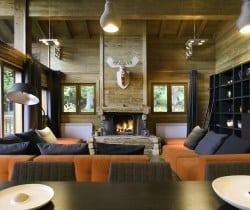 Chalet Elegance: Living area
