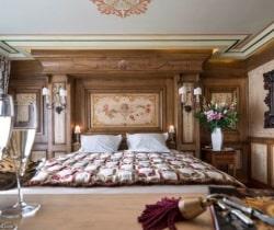 Chalet Apartment Summit I: Master Bedroom