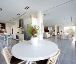Villa Diantha: Dining area
