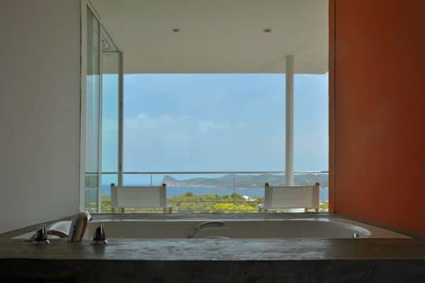 Villa Estella: Bathroom