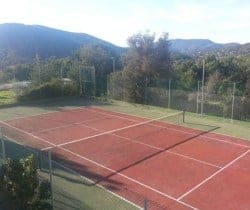 Villa Durga: Tennis court