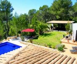 Villa Tuiga: Garden view