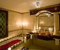 Villa Dolmabahce: Bathroom