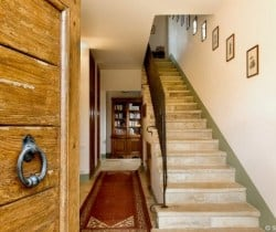 Casale Fonte: Stairs