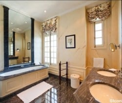 Villa Prix: Bathroom