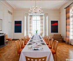 Villa Prix: Dining room