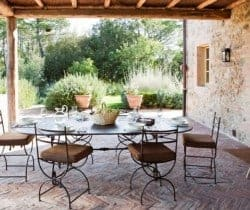 Villa Ansonica: Al fresco dining area