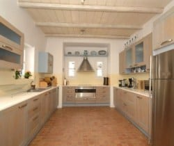 Villa Levanda: Kitchen