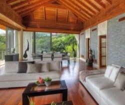 VIlla Minh: Living area