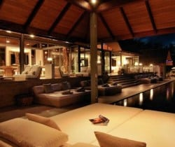 Villa Surin: Oudoor chill out ara