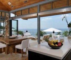Villa Chan Grajang: Kitchen