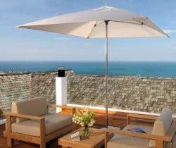 Villa Surin: Terrace