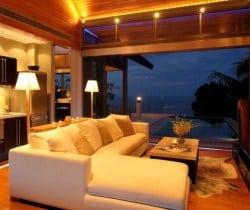 Villa Chan Grajang: Living room