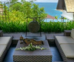 Villa Yada: Oudoor chill out area