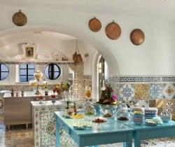 Villa Caruso: Kitchen