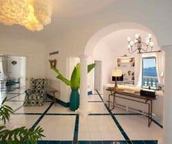 Villa Caruso: Living room