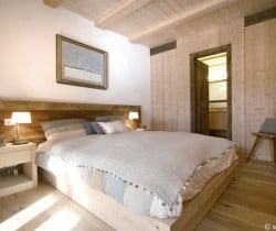 Cesa de Vin: Master bedroom