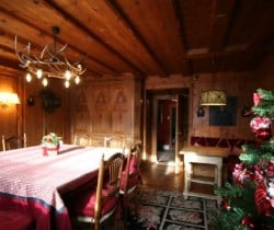 Chalet Belair: Dining area