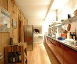 Chesa Lapunt: Kitchen