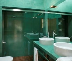 Villa Aqua: Bathroom