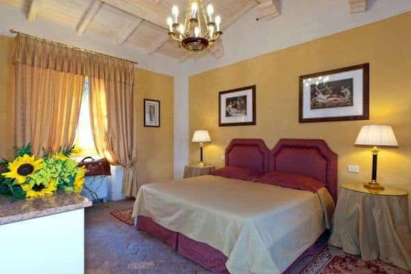 Borgo Bergenia: Bedroom