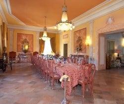Villa Carice: Banquet hall