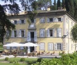 Villa Larice: Al fresco dining area