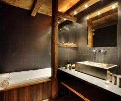 Chalet Lhotse: Bathroom