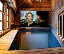 Chalet Lhotse: Swimming pool