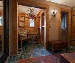 Chalet Corinne: Interior