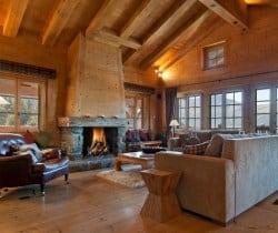 Chalet Apartment Dodo: Fireplace