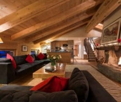Chalet Apartment Etre: Living area