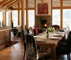 Chalet Holly: Dining area