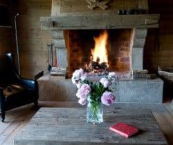 Chalet Irvin: Fireplace