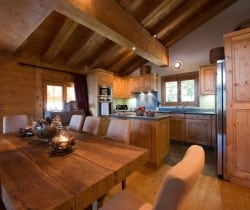 Chalet Jolly: Dining area