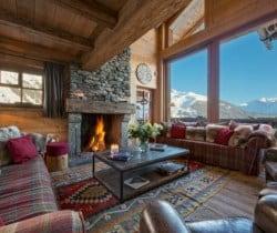 Chalet Nuha: Fireplace