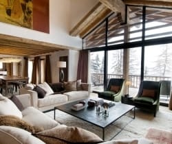 Chalet Peak: Living area