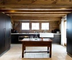 Chalet Peak: Kitchen